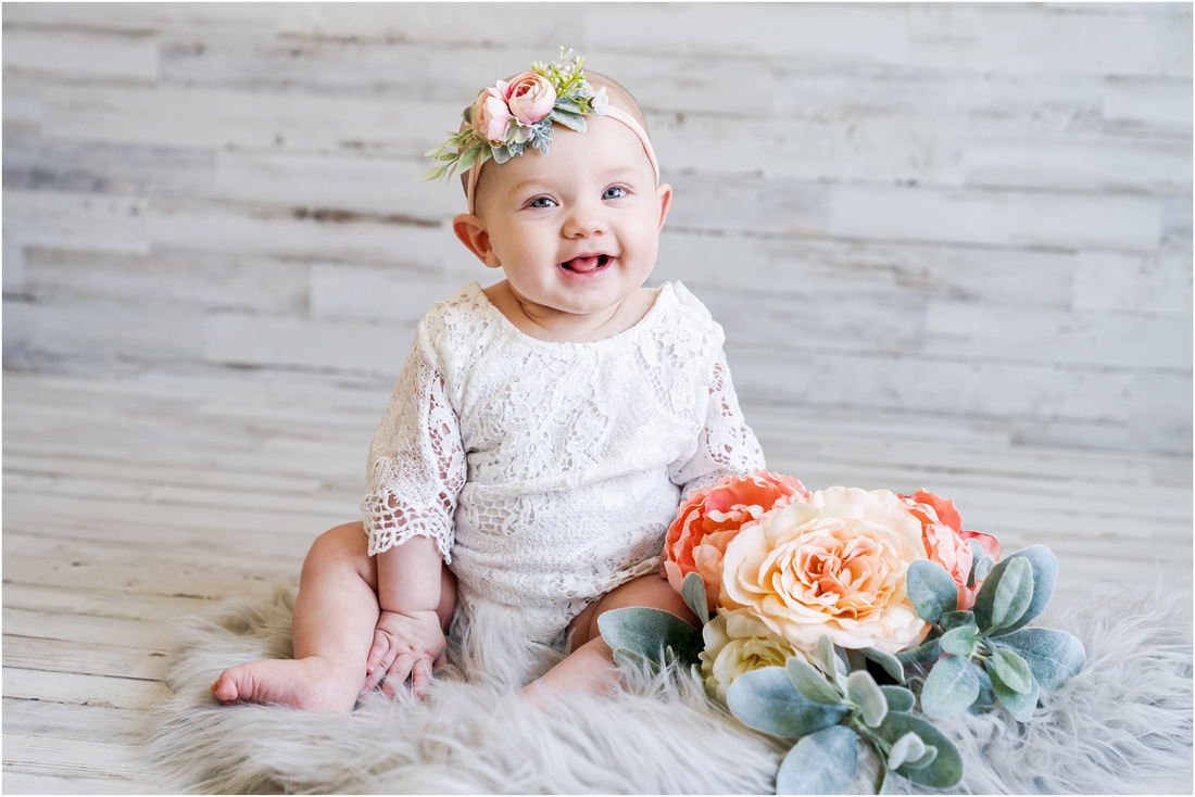 Tri Cities TN Newborn, 6 month, one year, photographer
