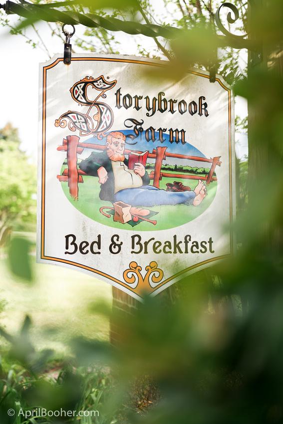 Wedding Photographer at Storybrook Farm Jonesborough TN-1