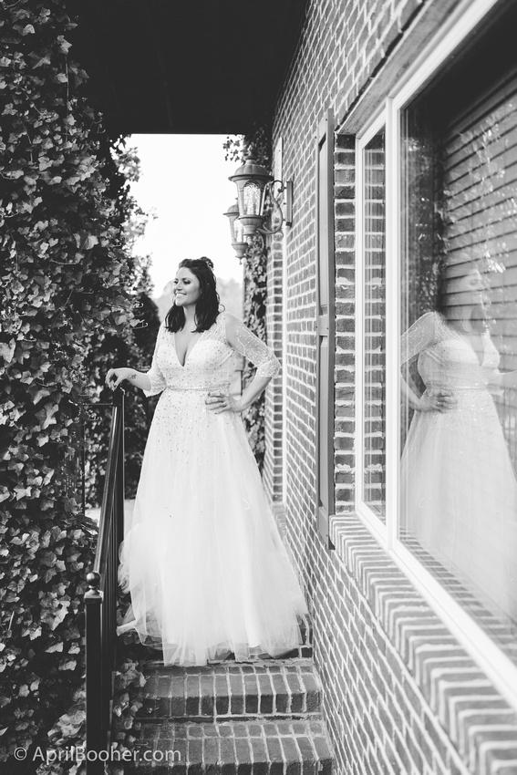 Wedding Photographer at Storybrook Farm Jonesborough TN-15