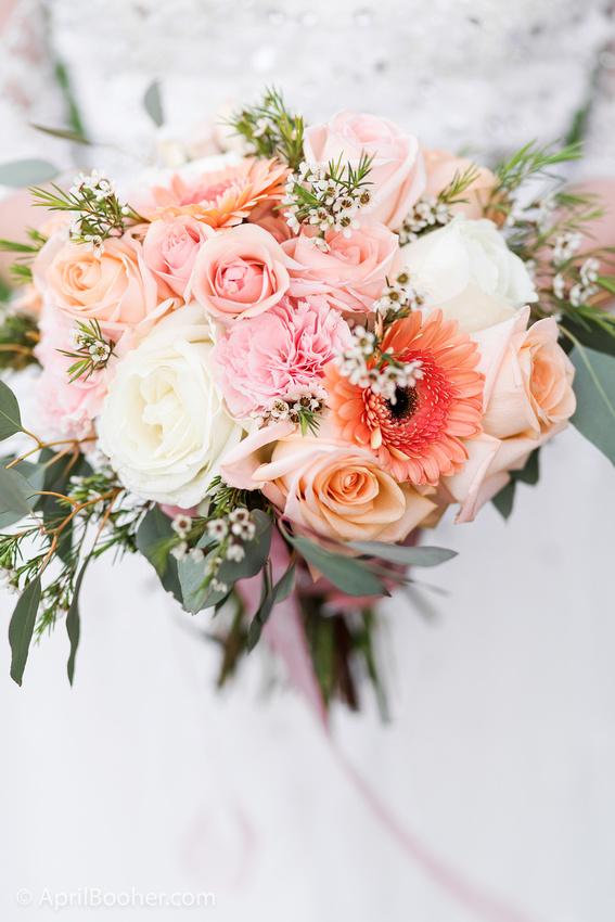 Wedding Photographer at Storybrook Farm Jonesborough TN-17