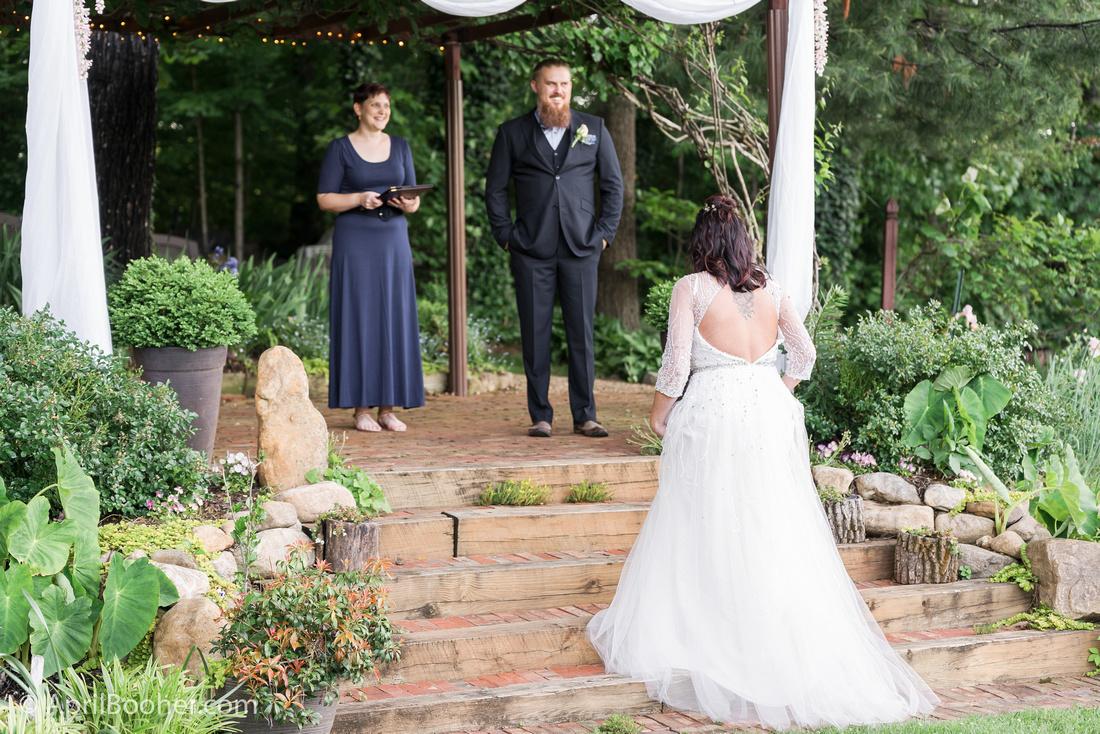 Wedding Photographer at Storybrook Farm Jonesborough TN-25