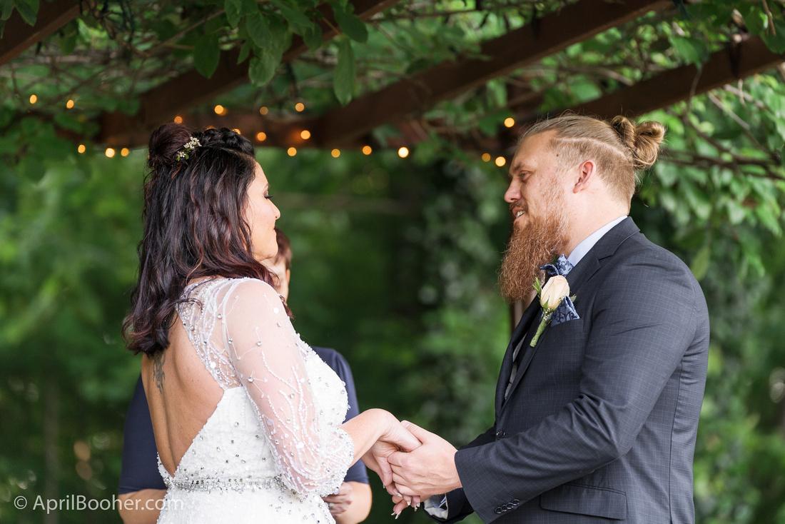 Wedding Photographer at Storybrook Farm Jonesborough TN-27