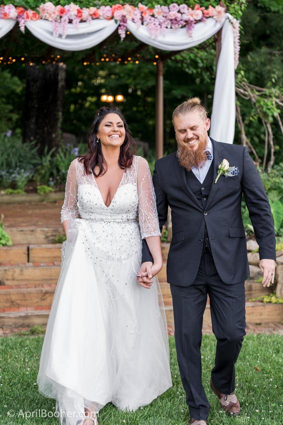 Wedding Photographer at Storybrook Farm Jonesborough TN-34