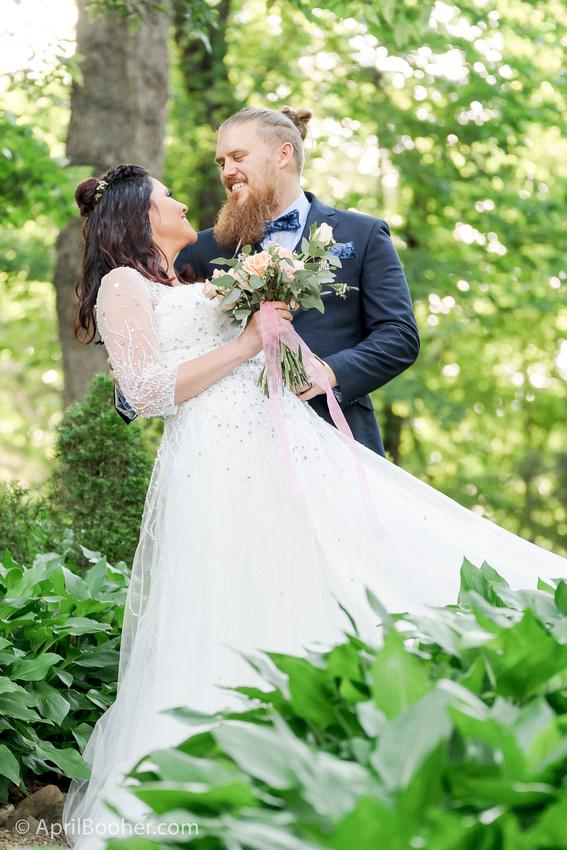 Wedding Photographer at Storybrook Farm Jonesborough TN-51
