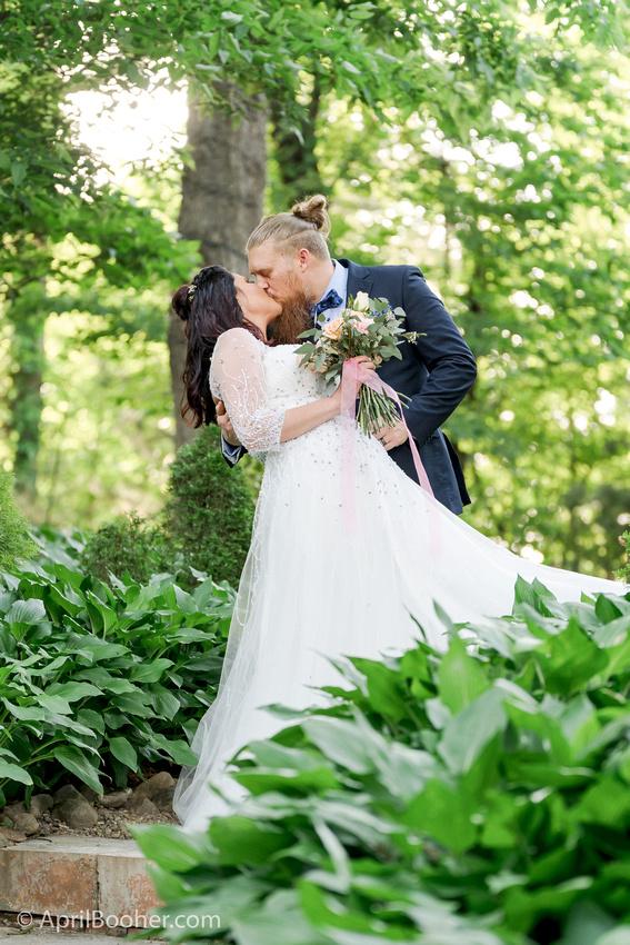 Wedding Photographer at Storybrook Farm Jonesborough TN-52