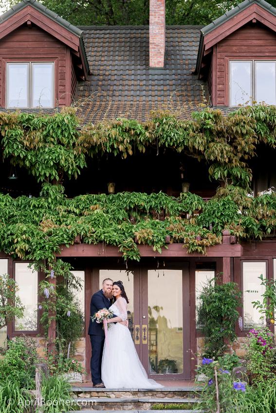 Wedding Photographer at Storybrook Farm Jonesborough TN-80